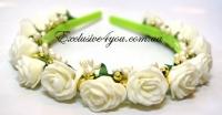 Ободок в нежно кремово-зеленом цвете с золотом