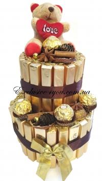 Двухъярусный золотой торт с мишкой