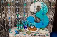 Бело-голубо-бирюзовая тройка на день рождение мальчику с салфеток