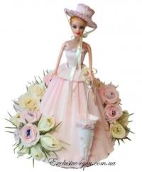 Кукла в платье из конфет