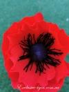 Цветок красный мак из 3-х шоколадных конфет
